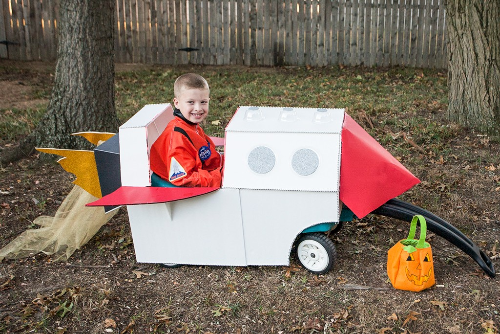 DIY Wagon Spaceship Final